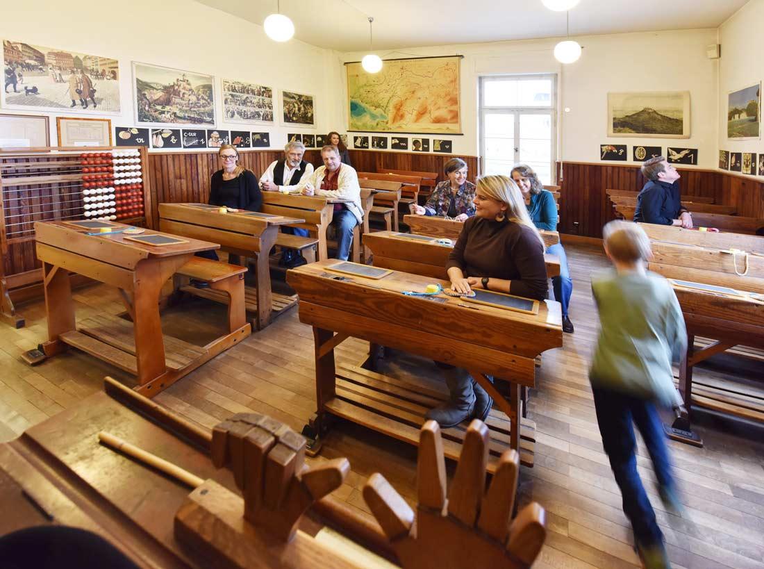 Schulmuseum Friedrichshafen - Klassenraum aus vergangenen Zeiten