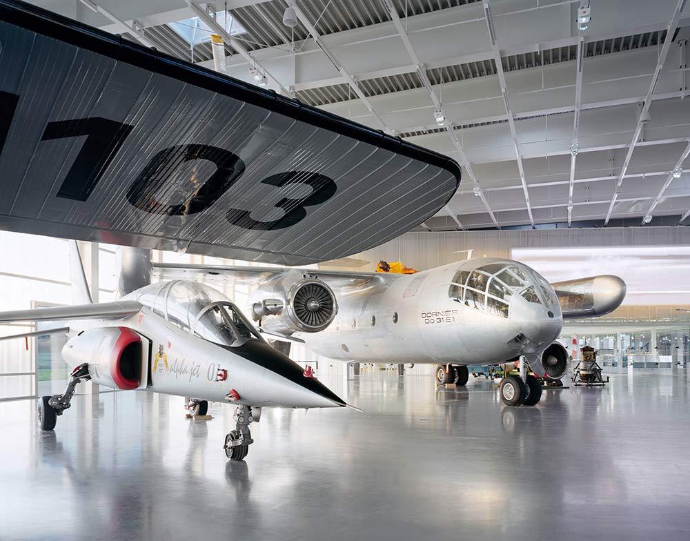 Ausstellung große Flugzeuge im Dornier Hanga