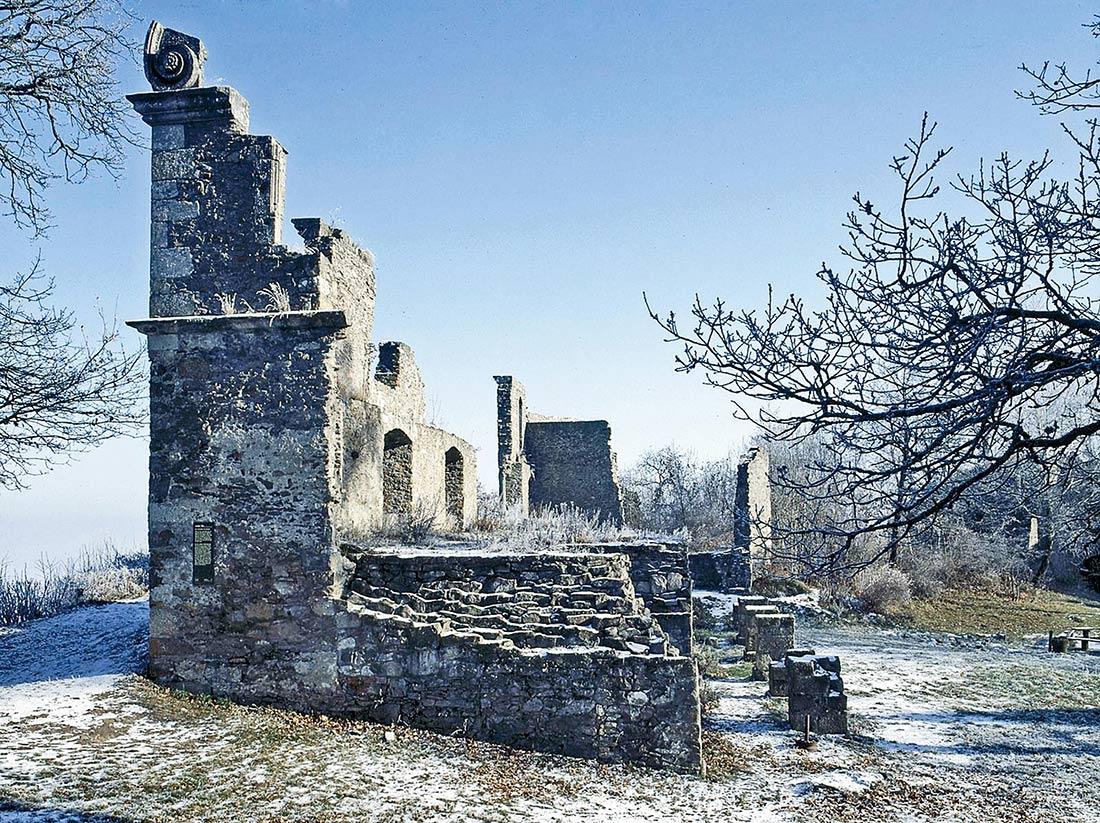 Hohentwiel Burgruine im Winter